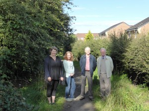 On the Woodside Path - Stéphanie Krus, Janey Grier, Jim Watson and Jim Miller